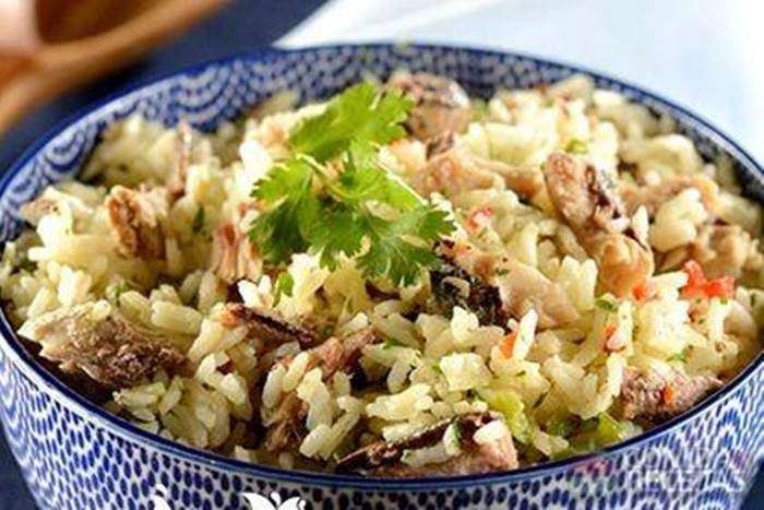 salada-de-arroz-com-sardinha
