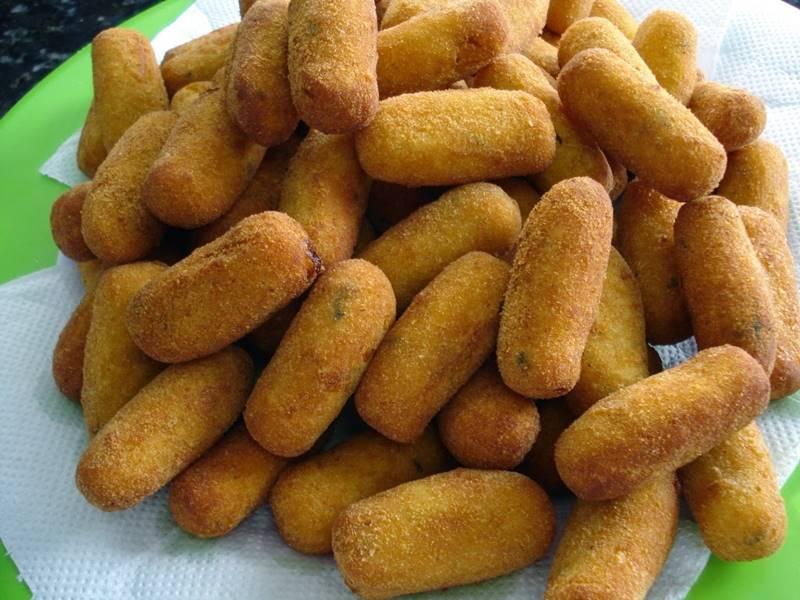 enroladinho-de-salsicha-frito-8