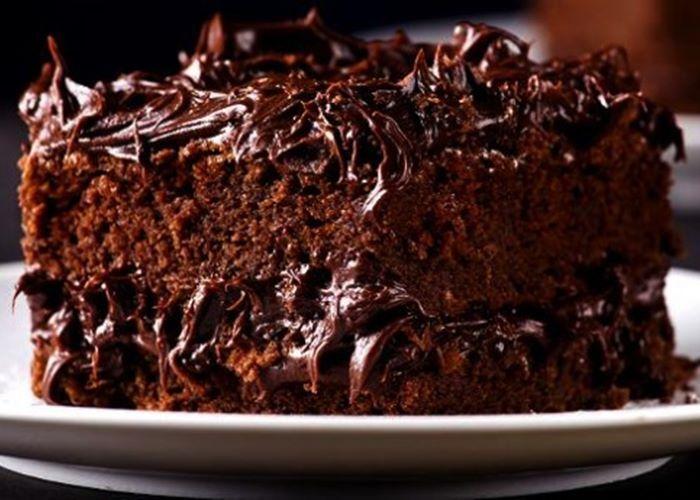 bolo-chocolate-recheado