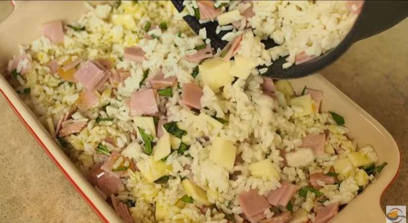 receita-de-arroz-de-forno-a-parmigiana