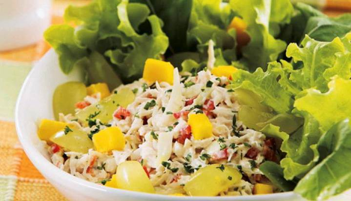 salada-de-frango-tropical