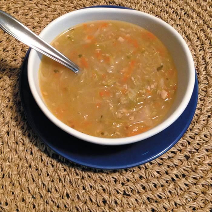 sopa-low-carb-de-frango-e-legumes