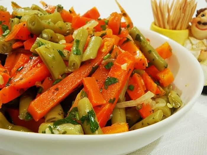 salada-colorida-de-beterraba-cenoura-vagen