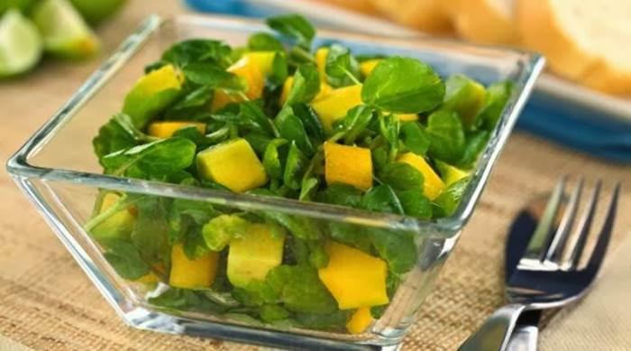 salada-de-manga-e-gengibre